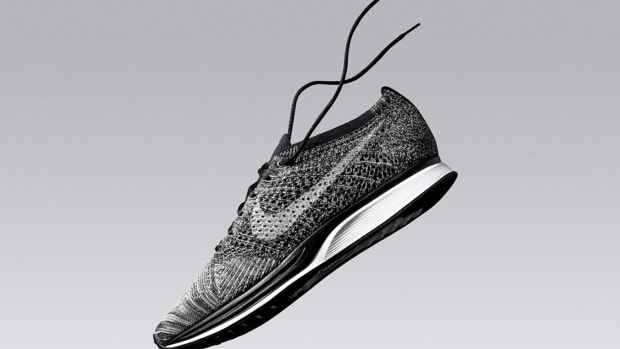 nike-flyknit-racer-cookies-and-cream-01