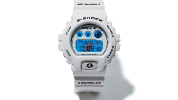 bape-g-shock-dw-6900-watch-01