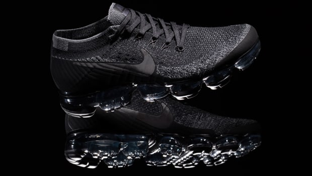 nikelab-air-vapormax-triple-black-00