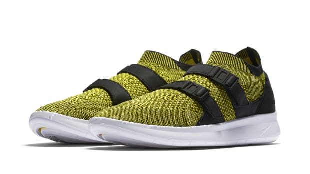 nike-air-sock-racer-ultra-flyknit-07