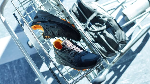 porter-asics-tiger-gel-kayano-that-black-nylon-00