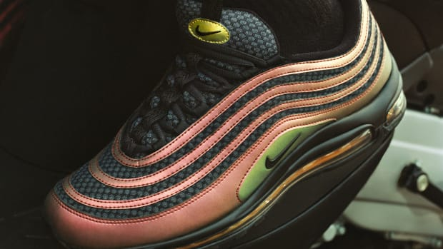sketpa-nike-air-max-97-collaboration-00