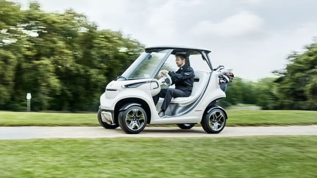 mercedes-benz-style-edition-garia-golf-car-00.png