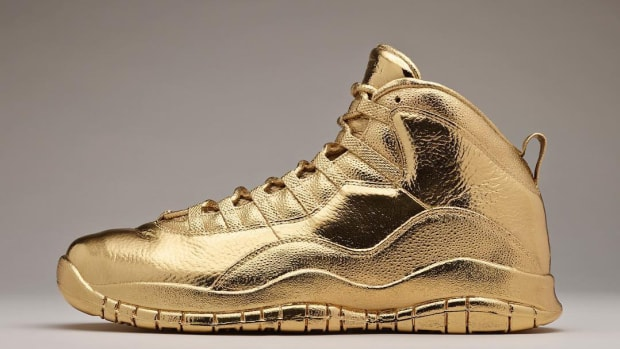 air-jordan-10-ovo-solid-gold-01.jpg