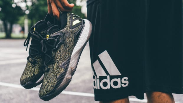 james-harden-adidas-crazylight-2016-pe-00.JPG