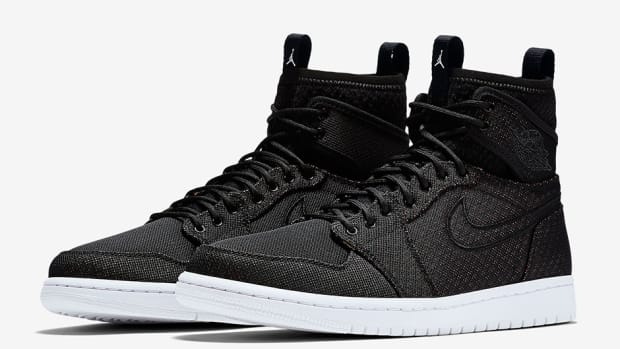 air-jordan-1-retro-high-ultra-02.jpg