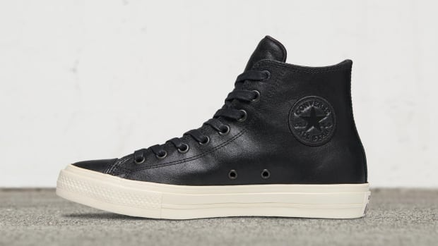 converse-chuck-taylor-all-star-ii-coated-leather-01.jpg