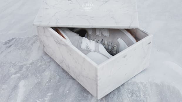 end-new-balance-marble-white-01.jpg