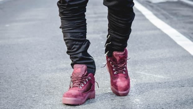 villa-timberland-field-boot-navy-cranberry-colorways-00.jpg
