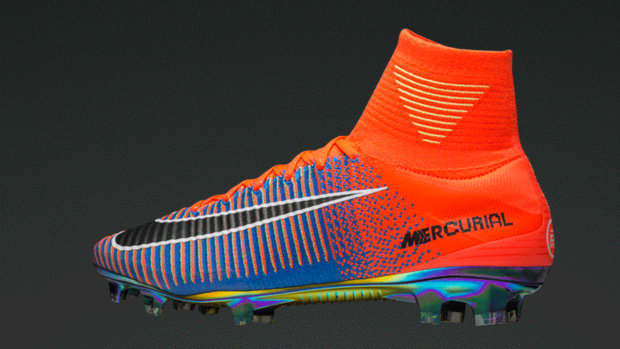 ea-sports-nike-mercurial-superfly-09.gif