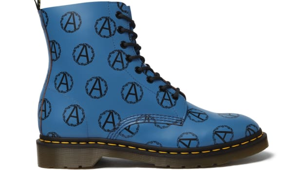 supreme-undercover-dr-martens-collaboration-02.jpg