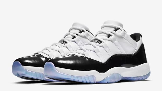 air-jordan-11-low-iridescent-00