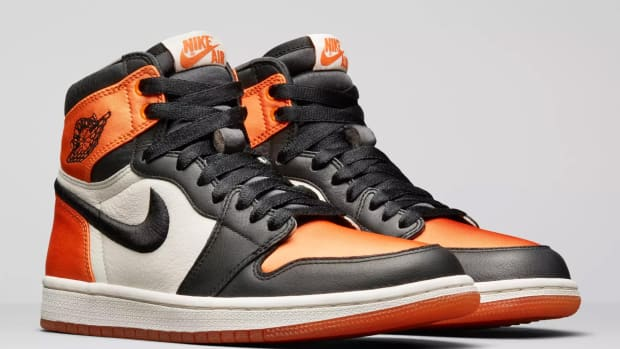 air-jordan-1-satin-shattered-backboard-00