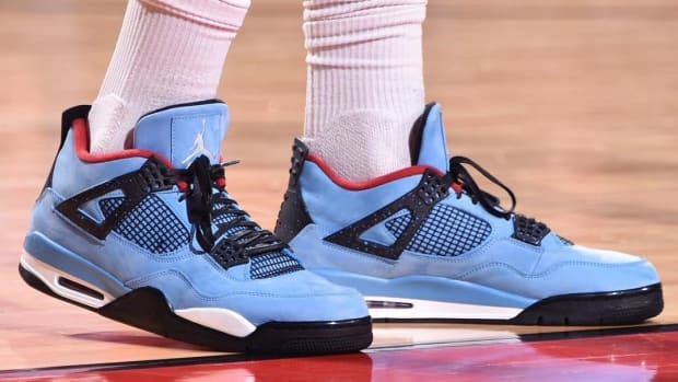 travis-scott-air-jordan-4-a