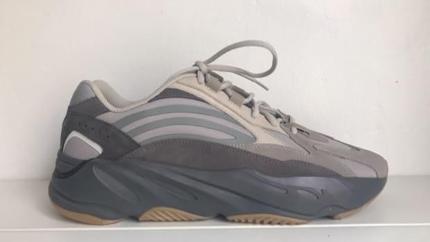 yeezy-700-v2-grey-colorway
