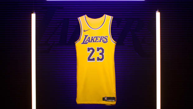 nike-lebron-james-icon-lakers-jersey-01