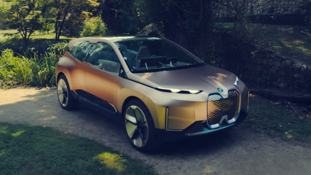 bmw-vision-inext-concept-car-03