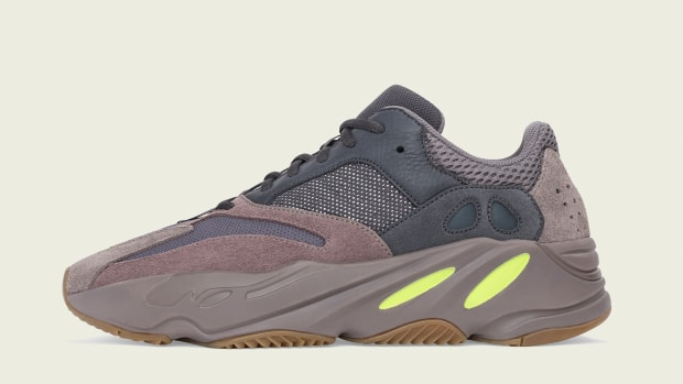 adidas-yeezy-boost-700-mauve-00