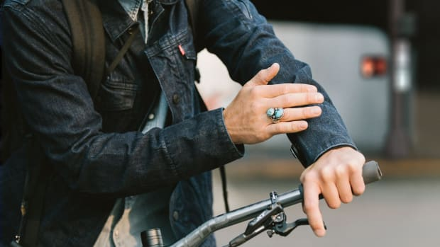 levis-commuter-trucker-jacket-jacquard-by-google-00