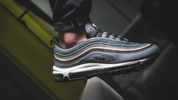 nike-air-max-97-grey-wool-upper-01