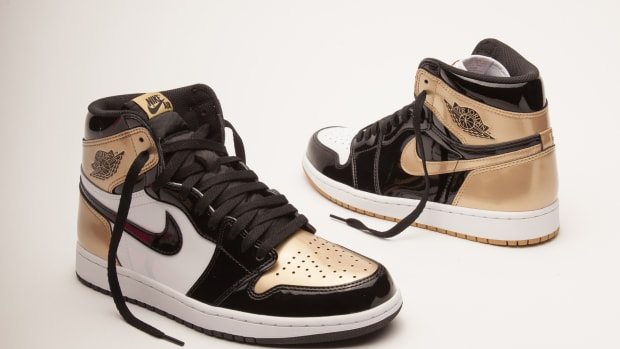 union-air-jordan-1-black-gold-top-three-00