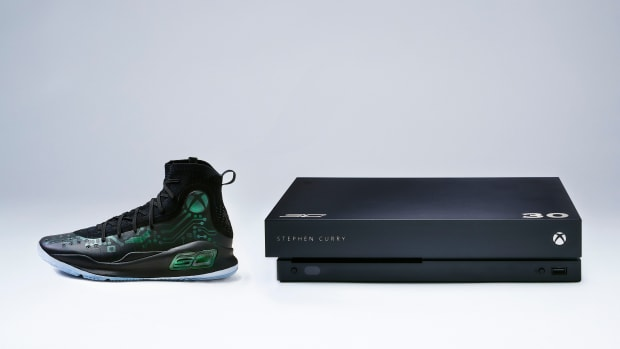 under-armour-curry-4-xbox-one-x-more-power-kit-00