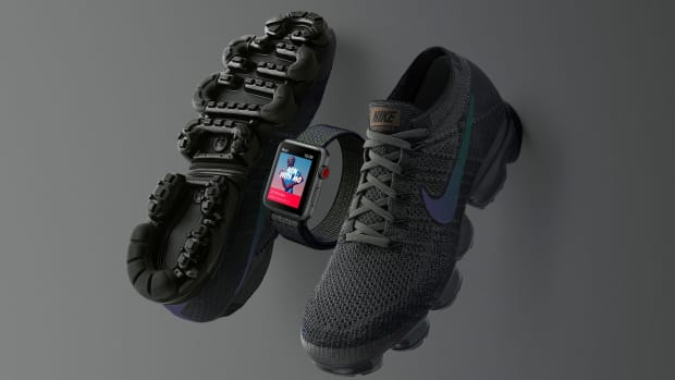 nike air-vapormax-apple-watch-midnight-fog