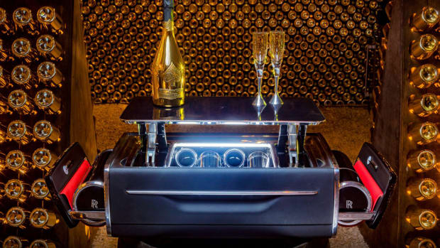 rolls-royce-champagne-chest-1