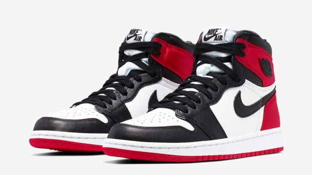 air-jordan-1-satin-black-toe-2019-1