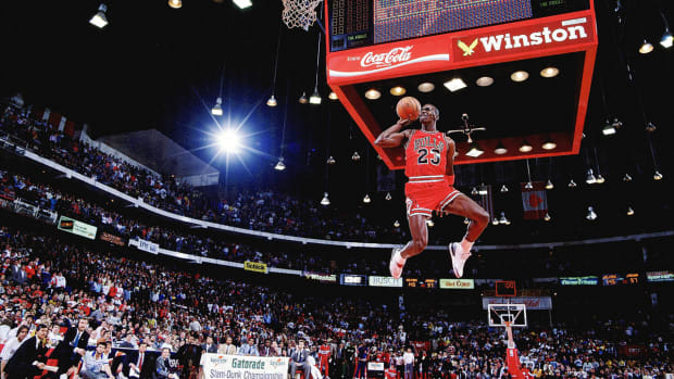 michael-jordan-air-jordan-forbes-richest-nba-sneaker-deal-1