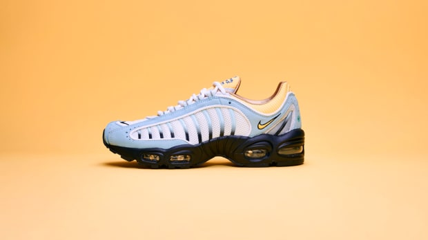 sneakersnstuff-nike-air-max-tailwind-iv-20th-anniversary-2019-1