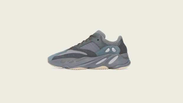 adidas-kanye-west-yeezy-boost-700-teal-blue-2019-1