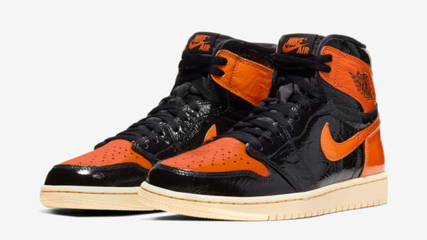 air-jordan-1-black-orange-shattered-3-0-2019-1