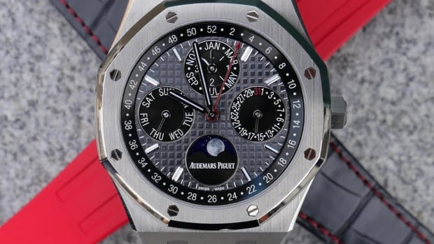 audemars-piguet-royal-oak-perpetual-calendar-titanium-chinese-new-year-2020-0