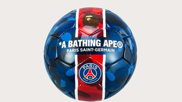 bape-paris-saint-germain-camo-soccer-ball