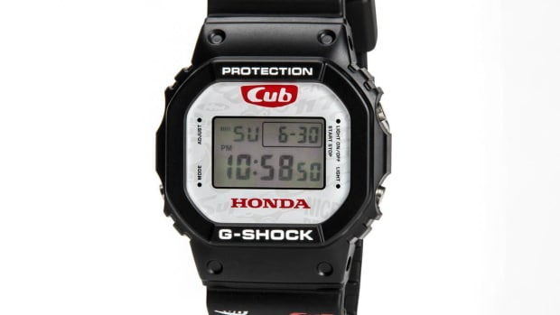 honda-super-cub-g-shock-dw-5600-watch-1