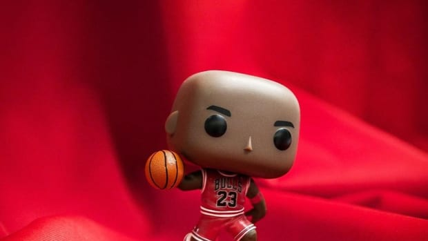 funko-pop-michael-jordan-foot-locker-release-1