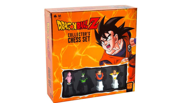 dragon-ball-z-collectors-chess-set-2020-1