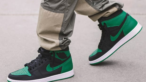 air-jordan-1-black-pine-green-2020-1
