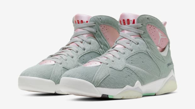 air-jordan-7-neutral-grey-2020-1