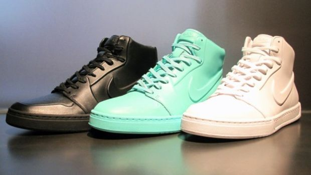 nike-air-royal-mid-vt-available-1