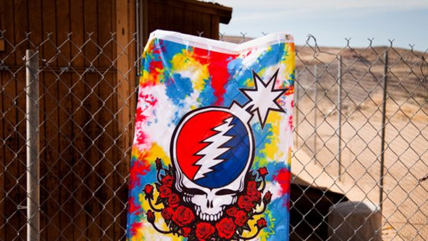 the-hundreds-grateful-dead-collection-01