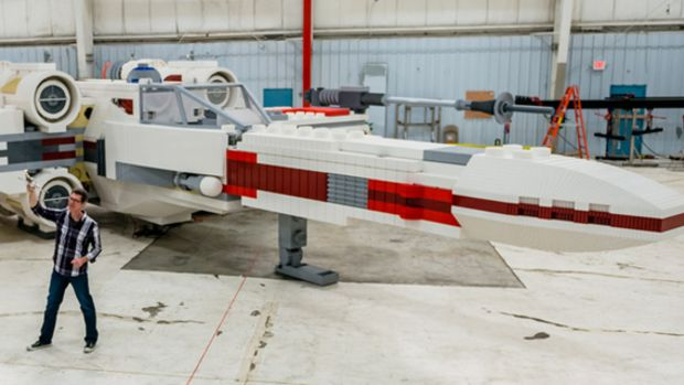 main-full-scale-lego-x-wing