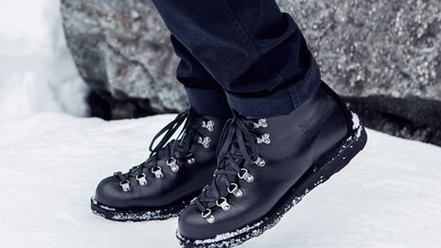 wings-and-horns-danner-mountain-light-boot-01