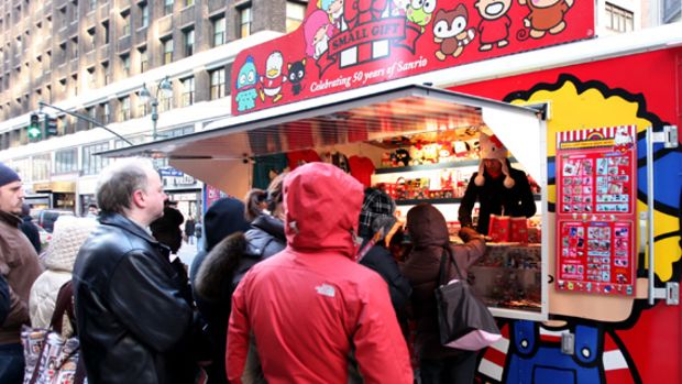 sanrio-50th-small-gift-pop-up-shop-nyc-02