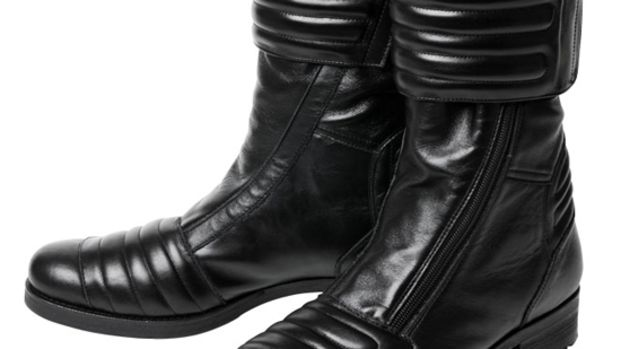 riders-boots-3