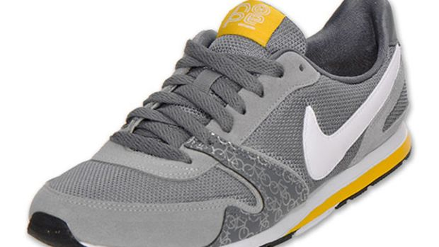 livestrong-x-nike-wmns-eclipse-ii-1