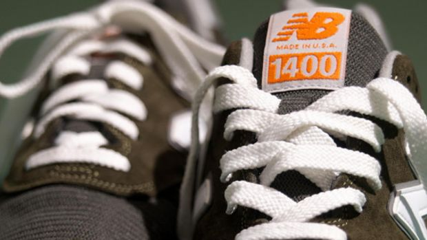 jcew-new-balance-1400-fort-green-01