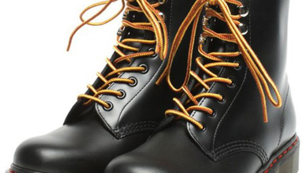 atmos-dr-martens-8-eyelets-boots-10