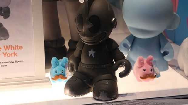Dave White -  Sgt. Robot Signing Event @ Kidrobot NY - 24